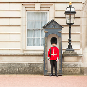 Buckingham palace beefeater